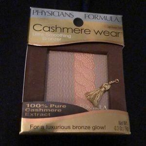 Other - Physicians Formula cashmere wear bronzer